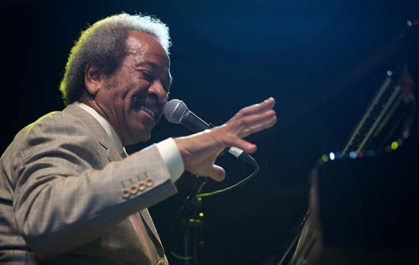 allen toussaint at the piano